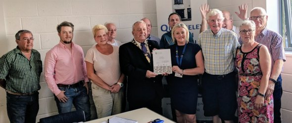 Quedgeley TC receives certificate for achieving Quality Gold