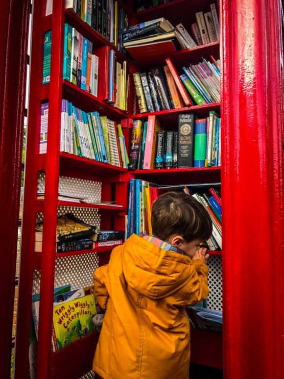 Eastington PC phone box library